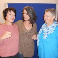 Avec Glenys et Vinciane, cours crayonnage en miroir